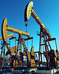 oil and gas drilling image